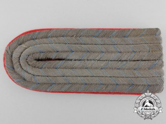 A German Army 2nd Lieutenant Shoulder Board