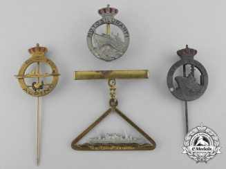 Four Second War Italian Badges and Insignia