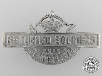 A New Zealand Returned Soldiers Badge; Royal Naval Air Service
