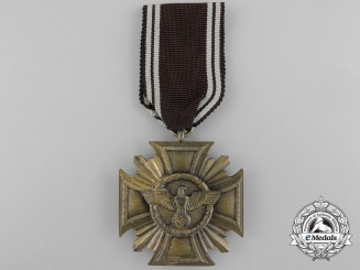 An SA Long Service Award for 10 Years Service; Heavy Version