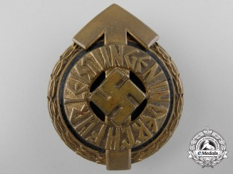 An HJ Golden Leaders Sports Badge by Gustav Brehmer