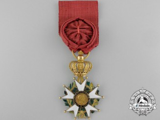 "A French Legion D'Honneur; Officer, in Gold Model ""La Presidence"" with 2nd Empire Centers"
