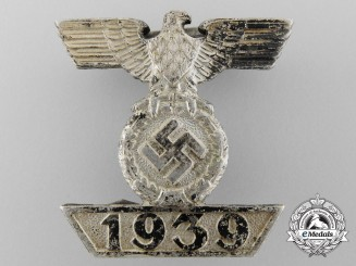 A Clasp to the Iron Cross 1939 by Wilhelm Deumer; Second Class