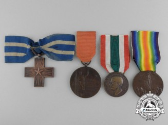 A Lot of Four Italian First War Period Medals & Awards