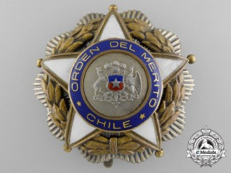 A Chilean Order of Merit; Breast Star; Fifth Period