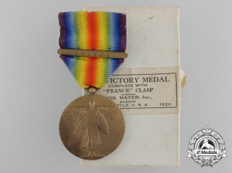 A First War Victory Medal with France Clasp with Box