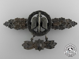 A Gold Grade Luftwaffe Squadron Clasp for Figher Pilot's by Rudolf Karneth