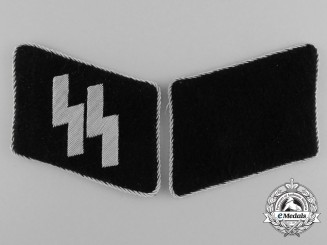 A Mint SS Runic with Rank Collar Tab Set; RZM Tagged