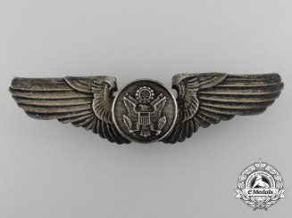 A Second War United States Army Air Force Aviator Badge