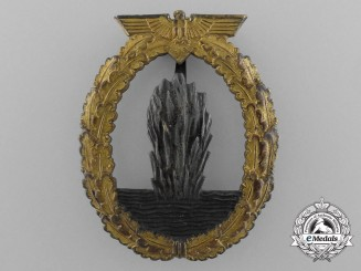 An Early Kriegsmarine Minesweeper War Badge by Rudolf Karneth & Söhne