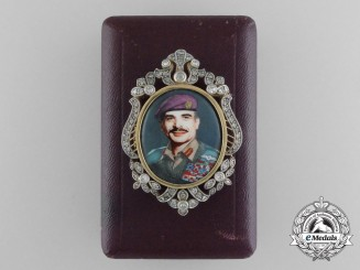 An Exquisite King Hussein of Jordan Presentation Badge in Gold & Diamonds