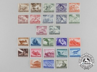 """A Set of Unused German Military Forces Heroes Day """"Battle Scenes"""" 1943 and 1944 Series Stamps"""