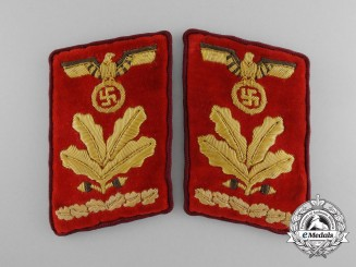 A Fine Pair of Collar Tabs for Gau Oberbefehlsleiter (Senior Command Leader)