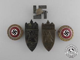"""An Estate of the NSDAP Golden Party Badge with Date and """"A.H."""" Initials; """"A.H. 22.12.38"""""""