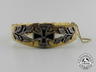 A First War German Imperial Patriotic Iron Cross Bracelet
