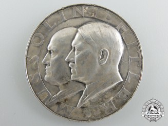 A 1937-1938 Silver Mussolini AH Medal