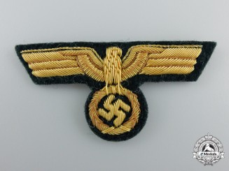 A Mint Heer/Army General's Cap Eagle