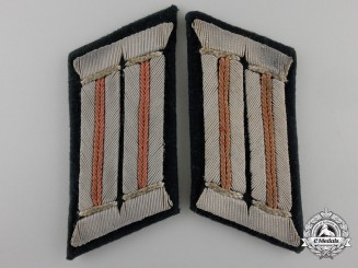 A Pair of Army Reconnaissance Officer's Collar Tabs