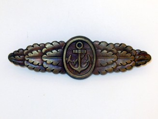 NAVAL FRONT CLASP