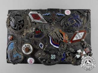 An 1898-1903 Russian Imperial Silver Box with Badges by Yakov Nikolayevich Lyapunov