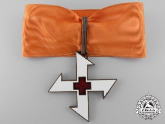 A Romanian Order of the Cross of Queen Marie; 1st Class Commander