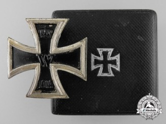 A 1914 First Class Iron Cross with Case