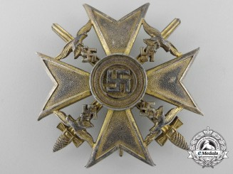 A Spanish Cross with Swords, Gold Grade; Marked 900