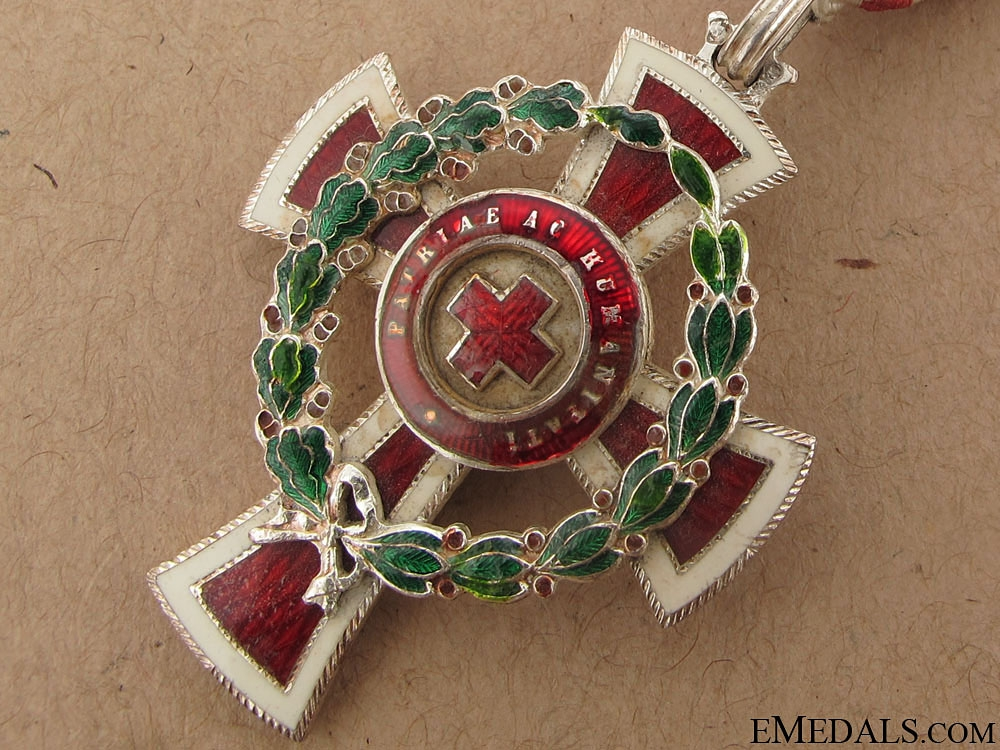 Red Cross Decoration 3d. Class-Cased