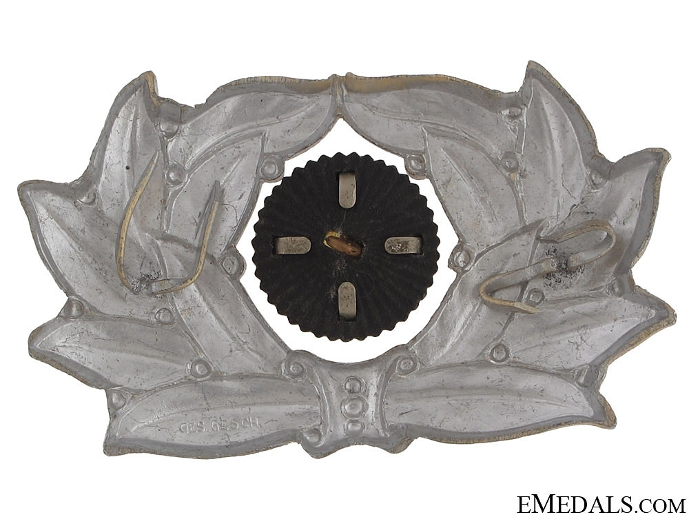 TeNo Leader's Visor Wreath