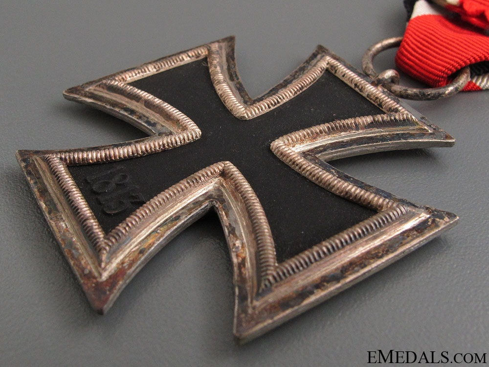 Iron Cross Second Class 1939 - Marked 27