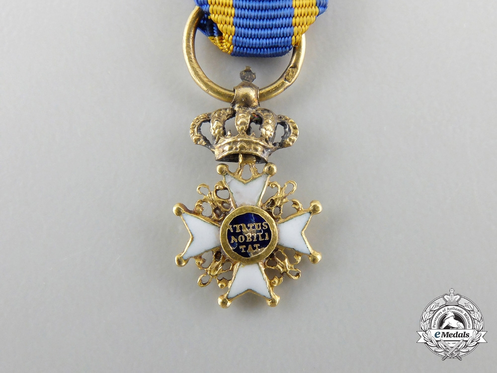 A Miniature Order of the Netherlands Lion in Gold