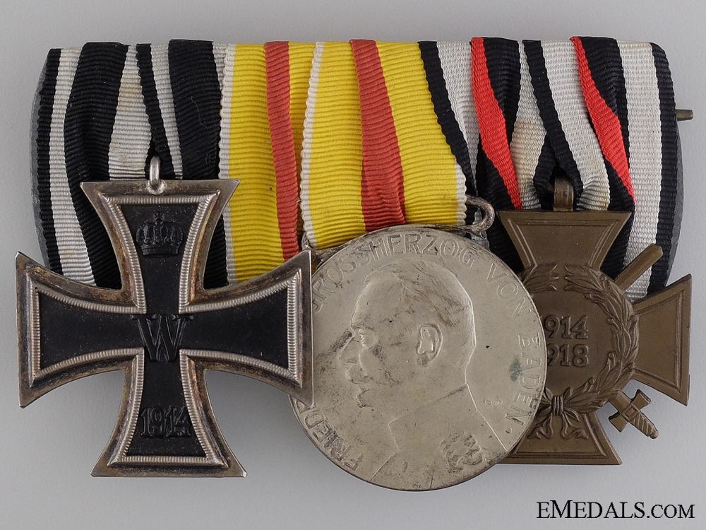 A Prussian Golden Military Merit Medal to the Badsichen Infantrie