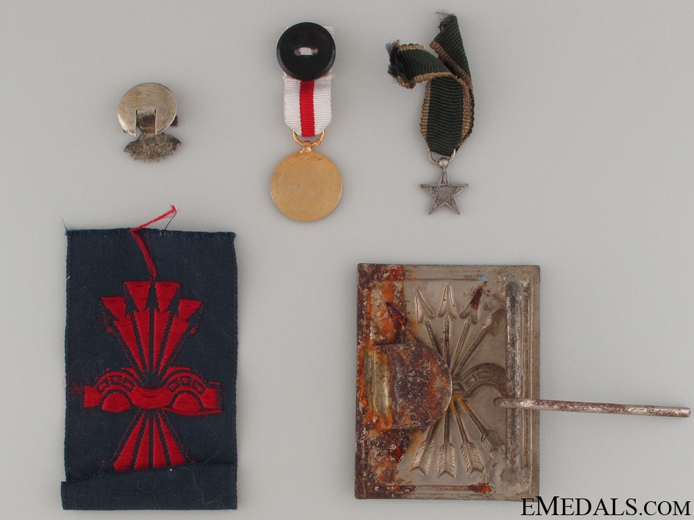 Five Spanish Badges & Pins