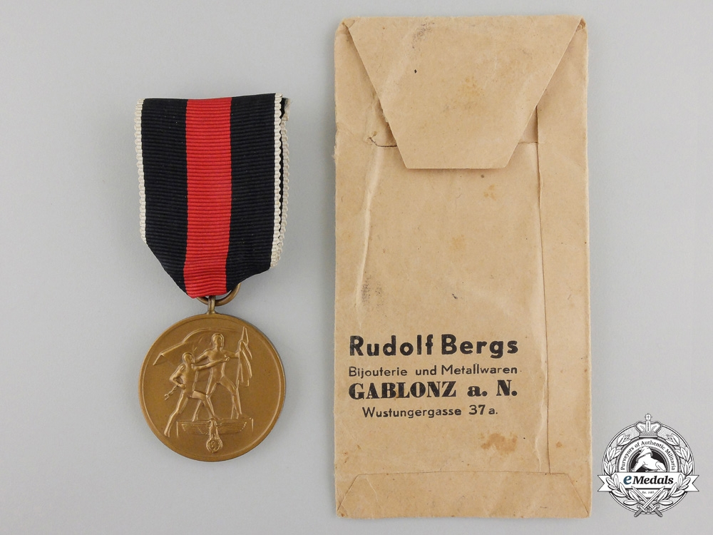 A Commemorative Medal 1st Oktober 1938 with Packet of Issue
