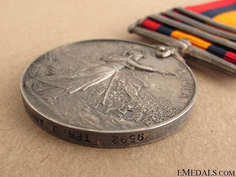 Queen's South Africa Medal - Kitchener's Horse