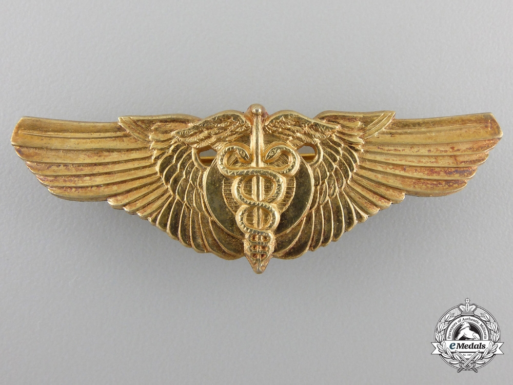 A Second War United States Air Force FlightSurgeon Wing
