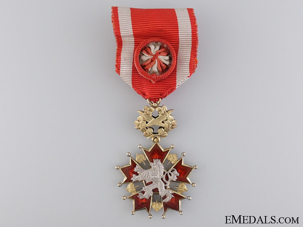 A Czechoslovakian Order of The White Lion; 4th Class for Officers