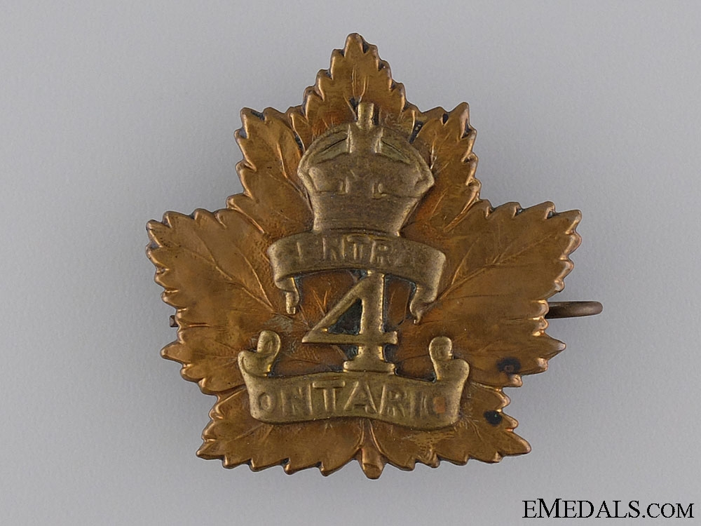 A First War 4th Canadian Infantry Battalion Officer's Cap Badge