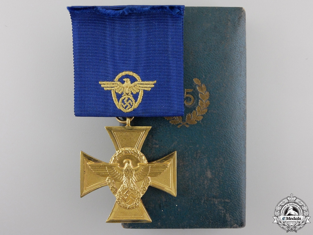 A German Police Long Service Cross; 1st Class for 25 Years
