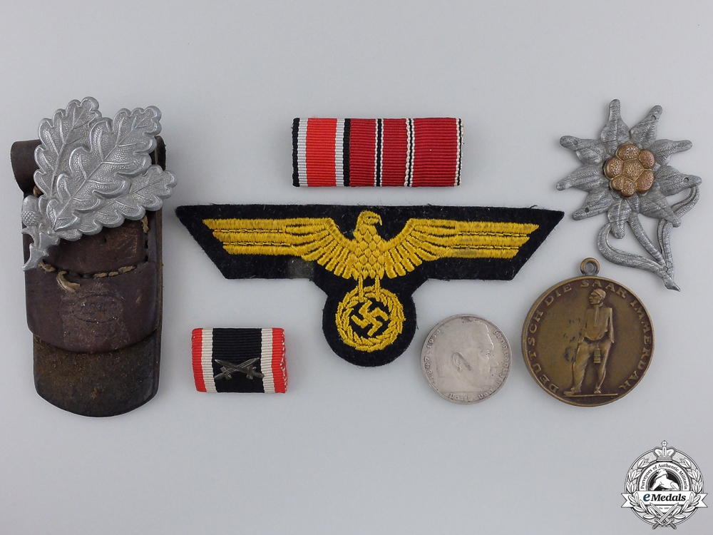A Lot of Second War German Insignia & Awards