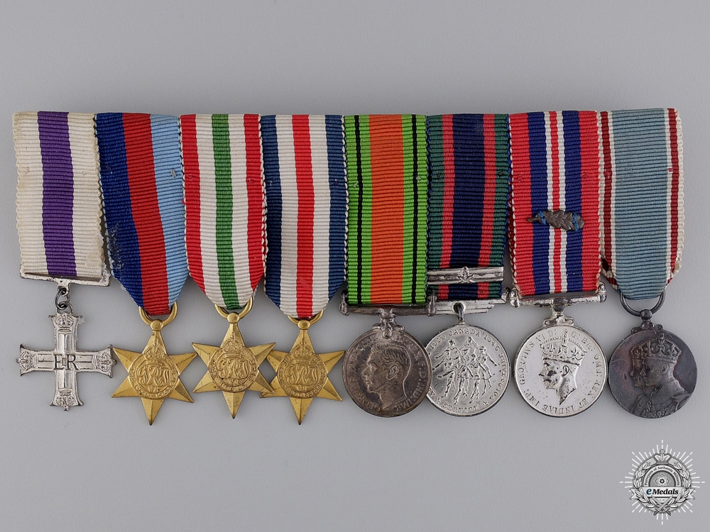A Miniature Canadian Military Cross Medal Bar with MID
