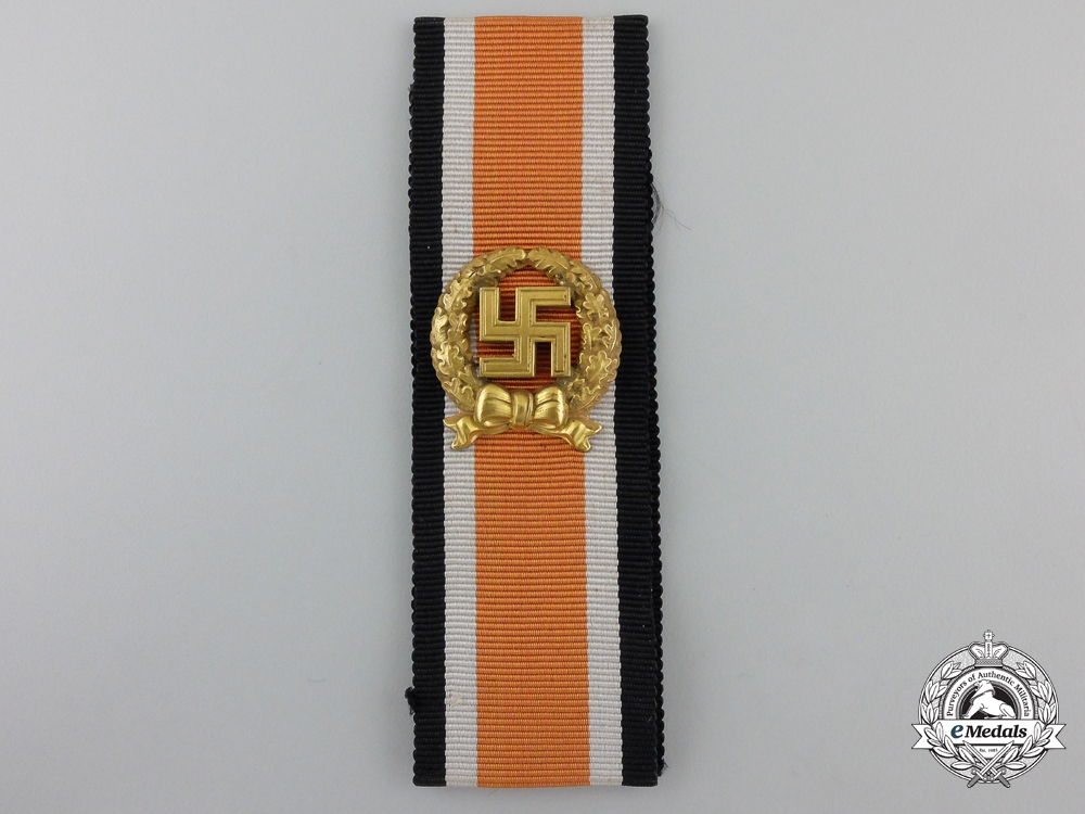 A Mint Army Honor Roll Clasp