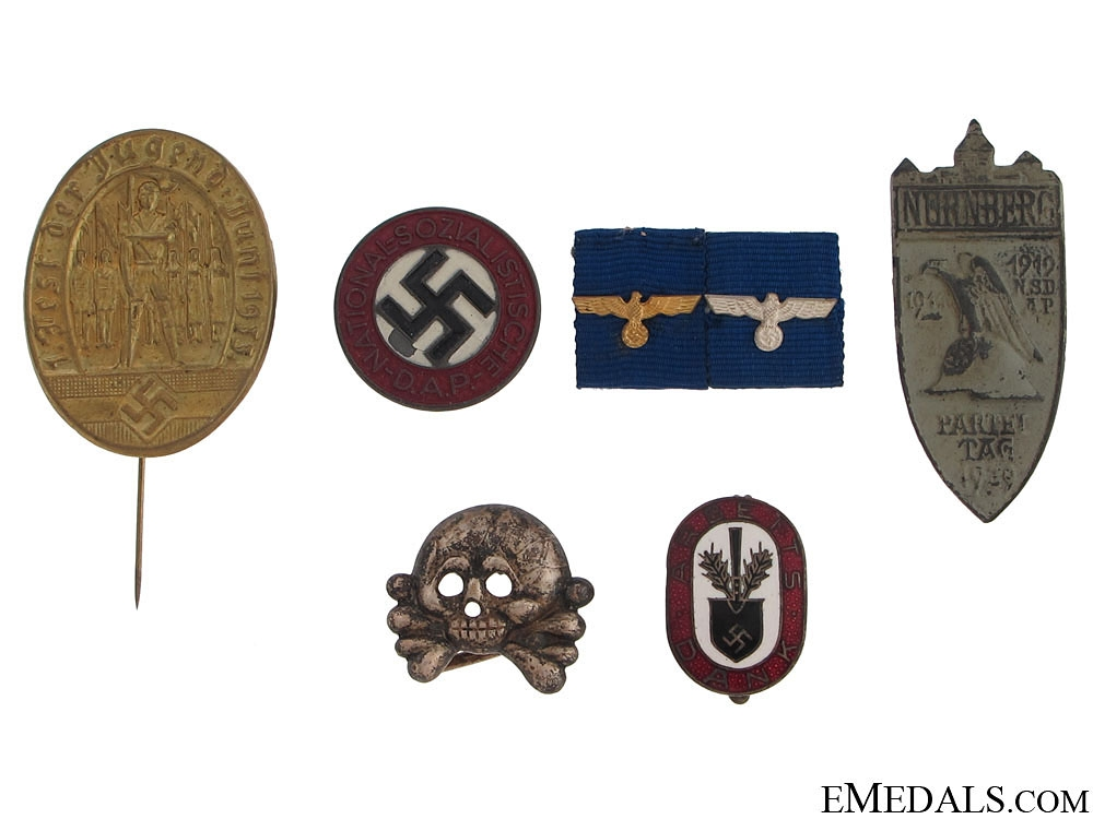 A Mixed lot of German Insignia and Badges