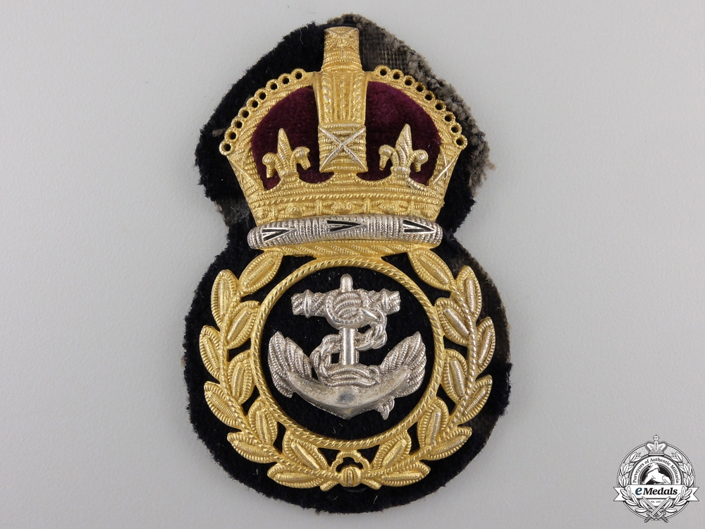 A Royal Canadian Navy Chief Petty Officer Badge