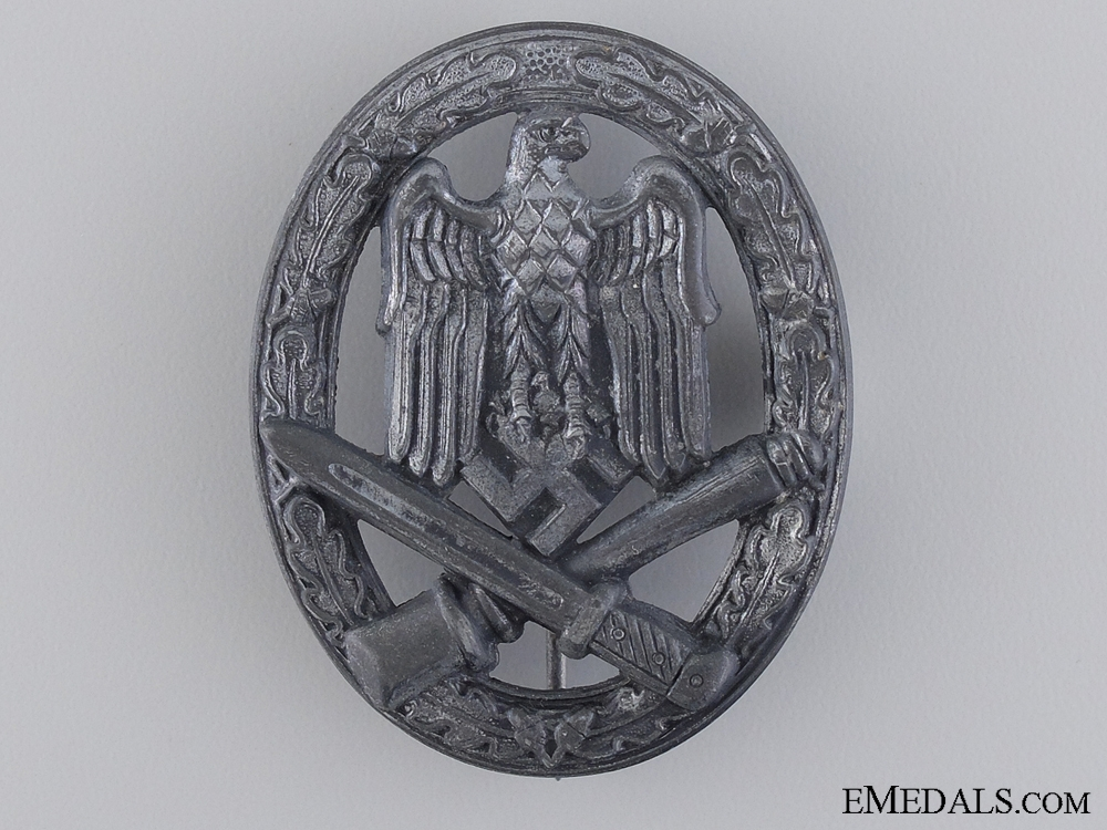 A Second War General Assault Badge by F.o.