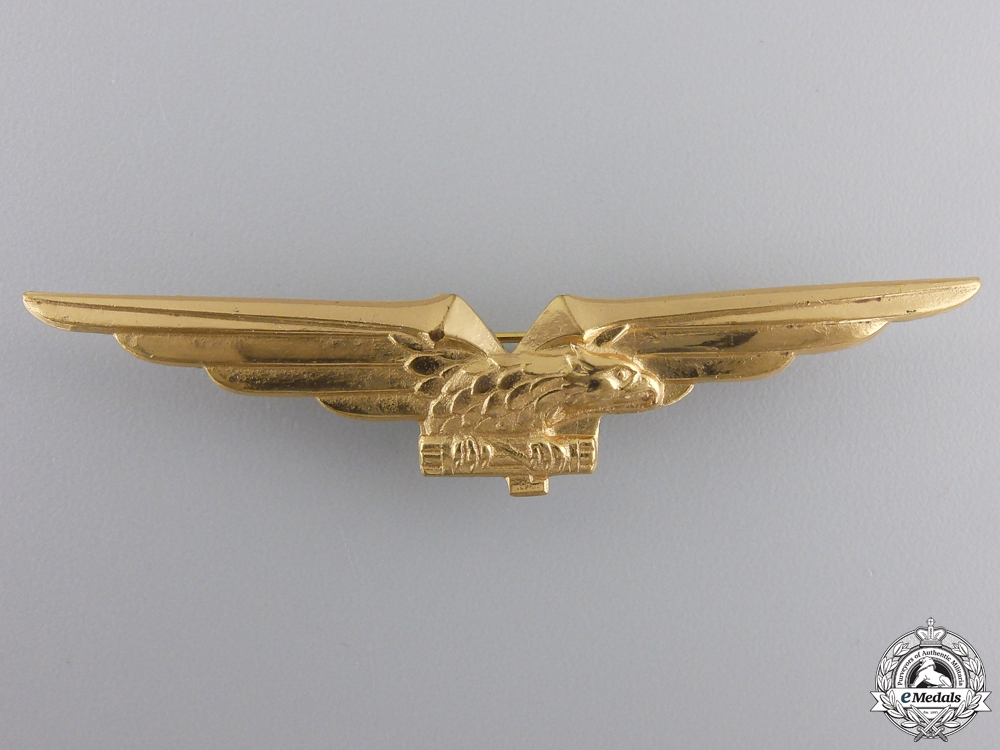 A Second War Italian Air Force Pilot's Badge