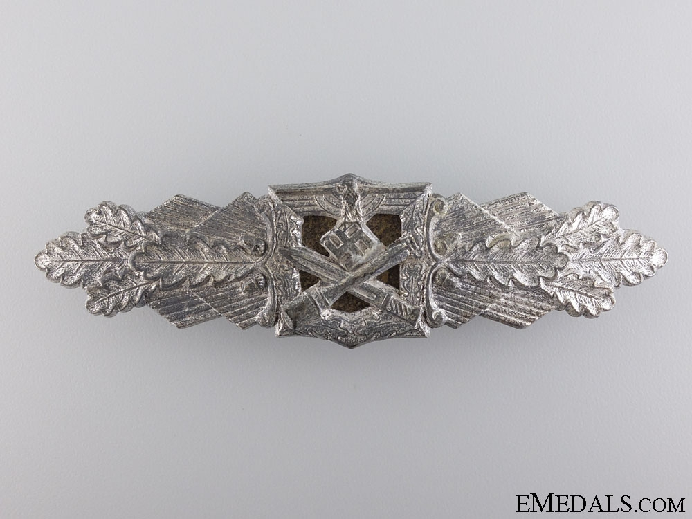 A Silver Grade Close Combat Clasp by Friedrich Linden