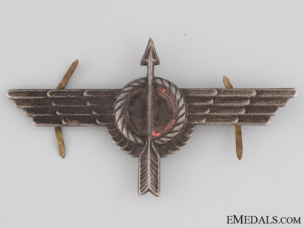 A Spanish Civil War Republican Air force Badge
