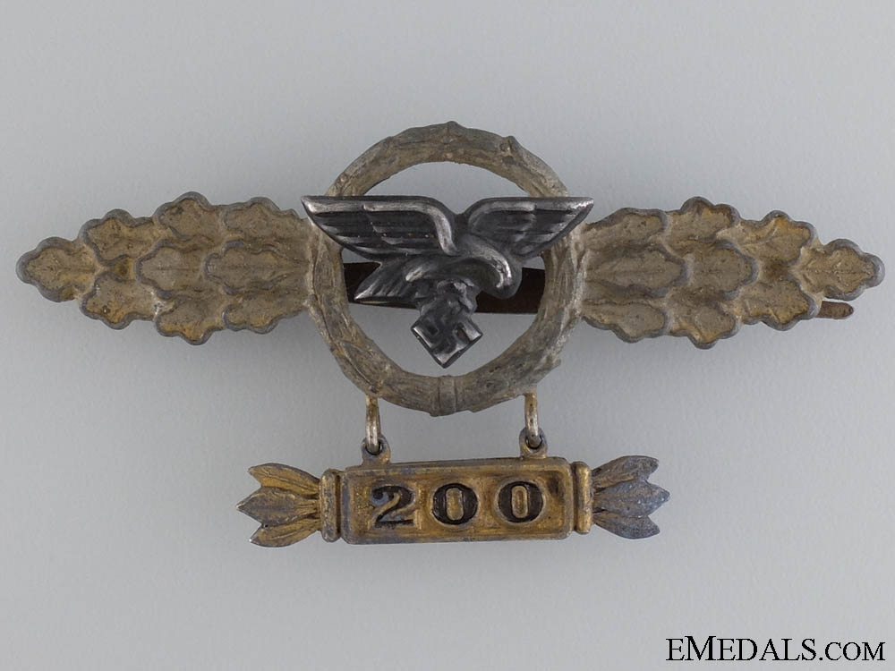 A Squadron Clasp for Transport Pilots with 200 Clasp