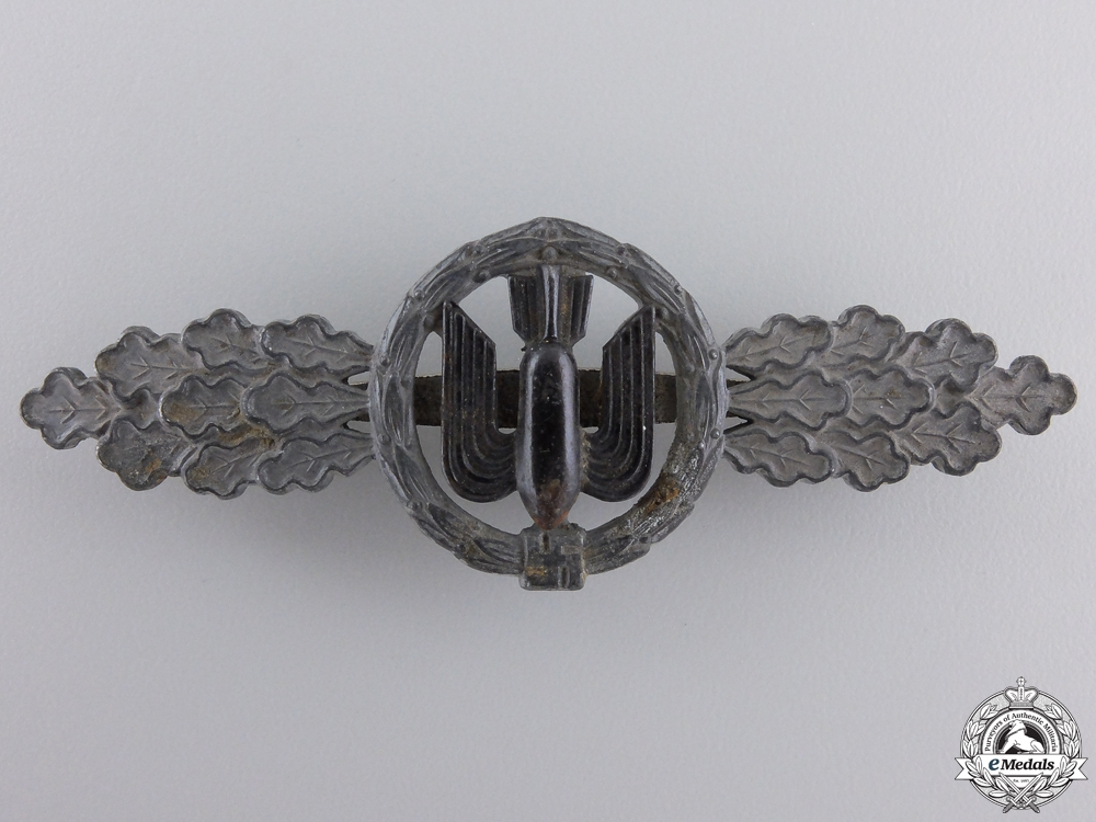 A Squadron Clasp for Bomber Pilots by Funcke & Brüninghaus